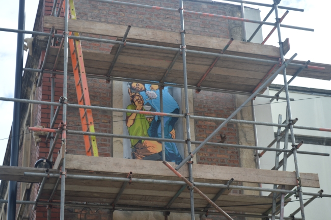Professional Scaffolding on a Brick Building