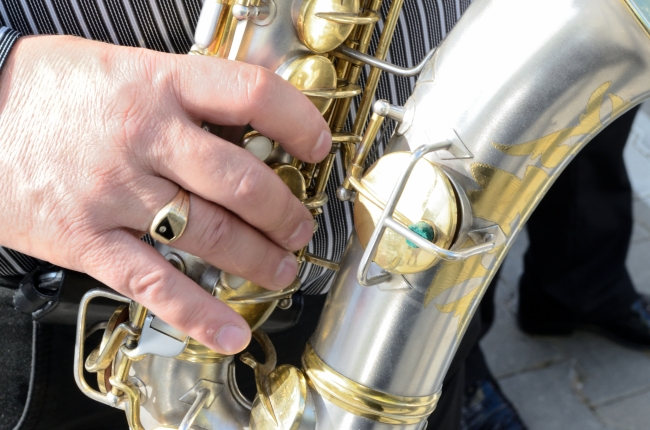 The Fingers of a Saxophone Singer