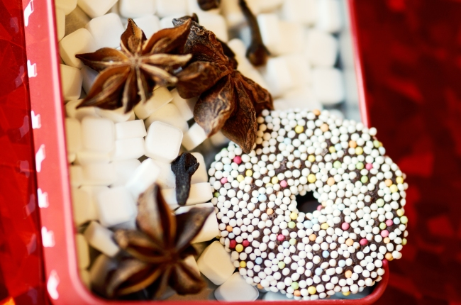 Star Anise and Biscuit in a Box of Mints