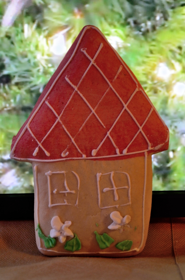 Gingerbread House with Roof