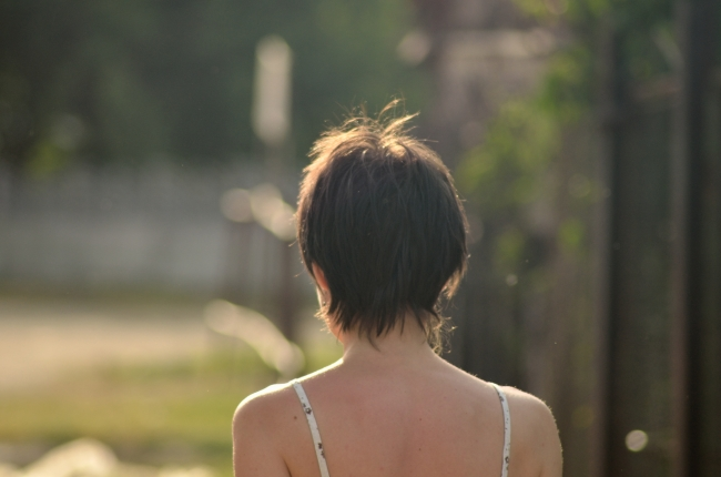 Short Hair Girl Seen from Behind